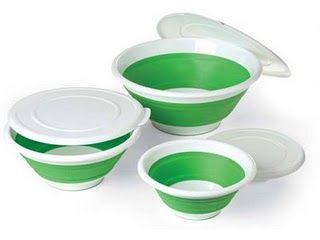 Great for get-togethers! Pop it open to serve, collapse it to take up less cabinet space. When collapsed, it also creates a well for chips and dip. A nonskid ring keeps the bowl steady. Includes lid.   Comes in 3 sizes 8qt : $27.50 4qt: $22.50 2qt: $17.50  https://www.pamperedchef.com/pws/flippingholder/guest-landing/8915476888731