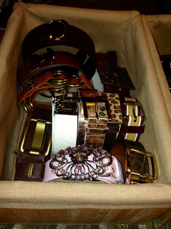 Wood box to storage and easy find your belts