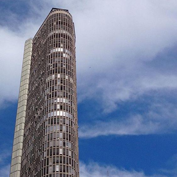 Edifício Itália by @ligiabelarmino #saopaulocity #edificioitalia
