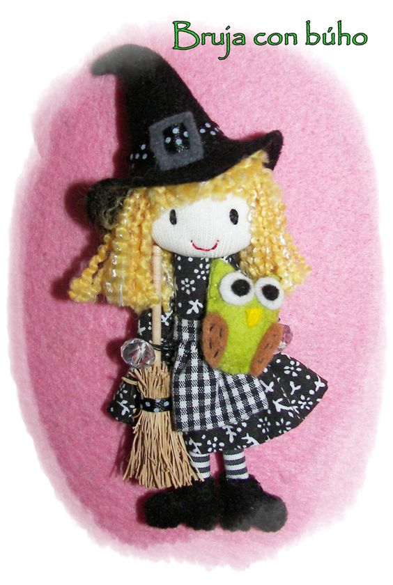 witch brooch handmade, miniature witch pin , owl witch pin, dollhouse, halloween witch, witch doll, art doll. €35.00, via Etsy.