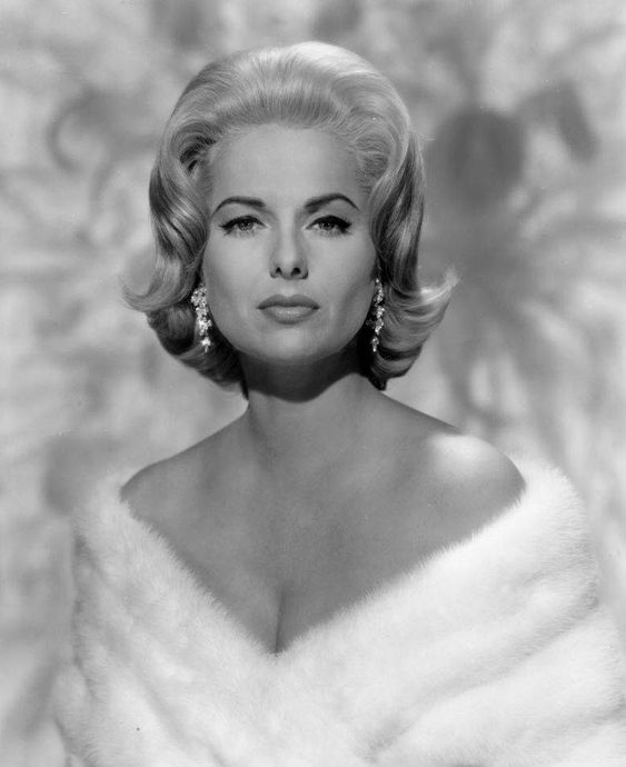 Martha Hyer, passes away from natural causes at age 89, May 31, 2014 at her home in Santa Fe.  One of Hollywood's silver sirens.