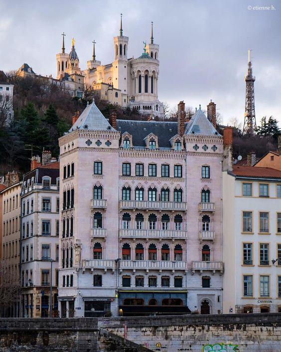 Lyon Insolite Lyon Insolite Vieux Lyon Lyon