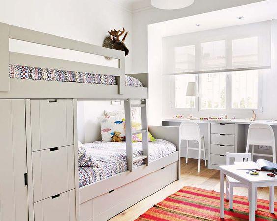 Bunk beds with storage | apartment in Spain | février 2013 Archives | 3/4 | PLANETE DECO #smallspaces #bunks