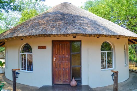 Rondavel House Picture Of Inyanga Safari Lodge Phalaborwa Tripadvisor Village House Design Round House Plans Hut House