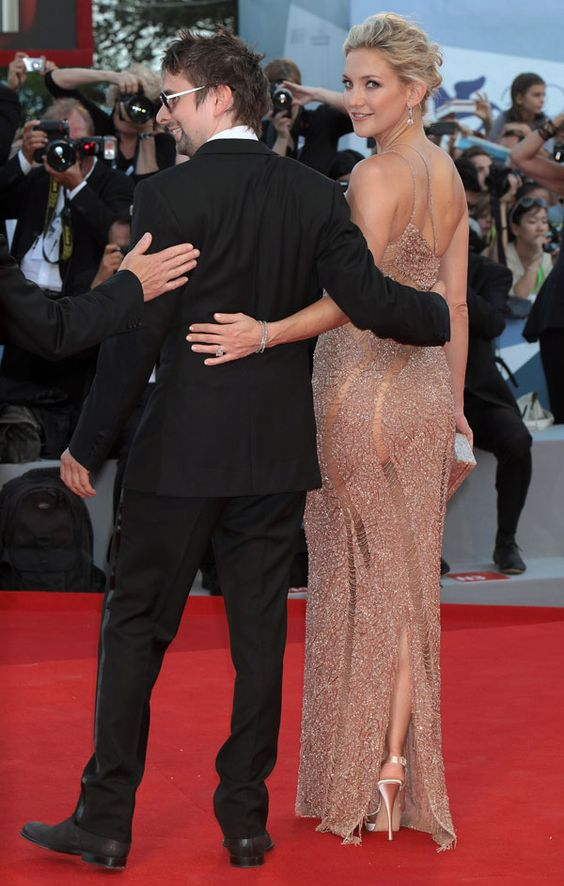 18 Celebs Show Side Butt on the Red Carpet- theFashionSpot