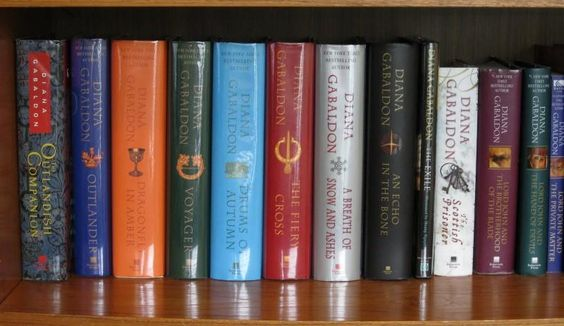 """#WhyWeLoveOutlander We have all that space in our bookshelves.  #Outlander @ScotlandNow @Outlander_Starz @Writer_DG"""
