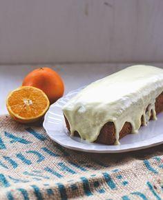 Saftiger Orangenkuchen mit Orangenglasur von moeyskitchen.com