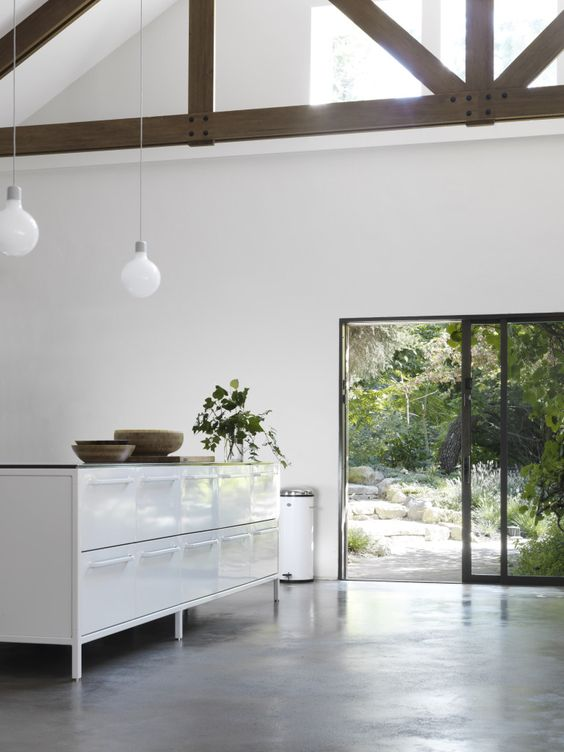 New VIPP kitchen pictures, via http://www.scandinavianlovesong.com/