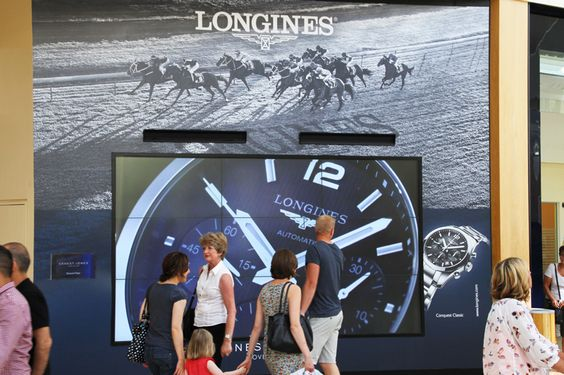 Longines watch collection campaign on our digital showcase media format at Bluewater! #digital #malladvertising #DOOH #OOH #longines #creative