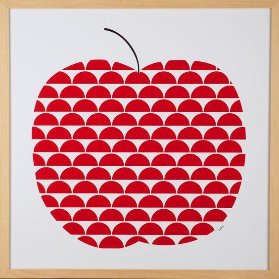 Apfel Rot gerahmt | Buche Natur · Magnettafeln und Wanddekoration · BåRWALDSON | Online-Shop für skandinavisches Design
