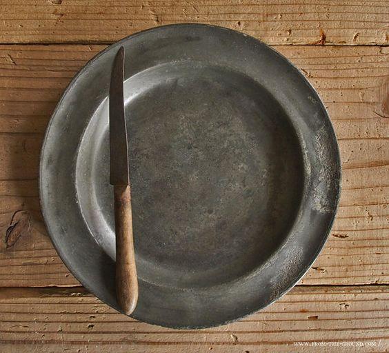ピューターのお皿の画像:鎌倉と古道具のツレヅレ