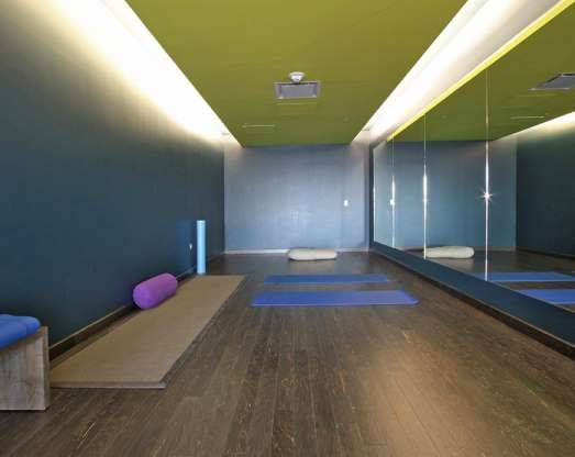 20 Secret Perks At The World S Busiest Airports Best Life Yoga Room San Francisco International Airport San Francisco Airport