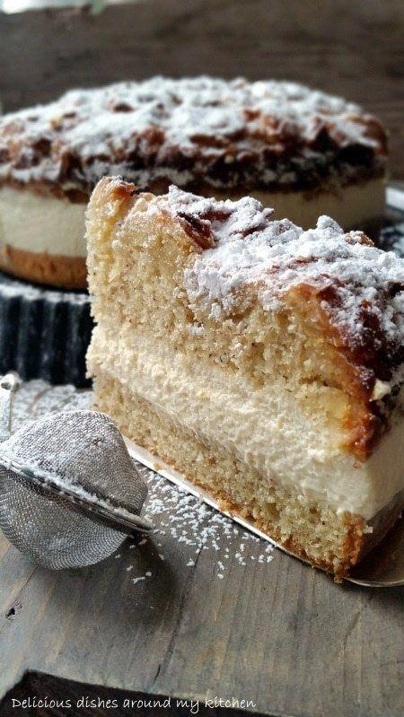 Mandel Bienenstich Torte Mit Karamellsahne In 2020 Bienenstich Kuchen Bienenstich Rezept Kuchen Und Torten