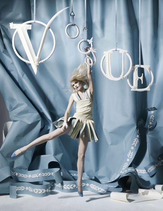 Tim Walker: Vogue. @designerwallace