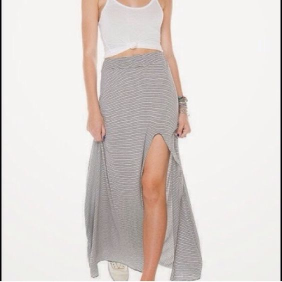 Leg Slit Maxi Skirt (by Brandy Melville) | Brandy Melville Falda ...