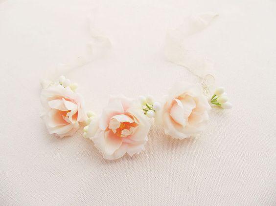 Guarda questo articolo nel mio negozio Etsy https://www.etsy.com/it/listing/270232287/coroncina-con-fiori-rosa-chiaro-corona