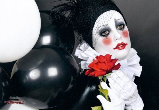 incredible mime make-up idea