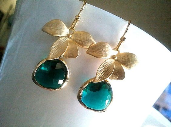 Flower with Emerald summer Earrings by LaLaCrystal on Etsy,
