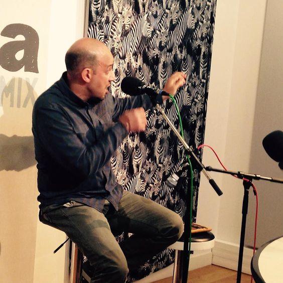 Avant le festival Arabesque et avant son passage à #NéoGéo Ali Merghache est venu jouer son rôle de conteur dans nos studios