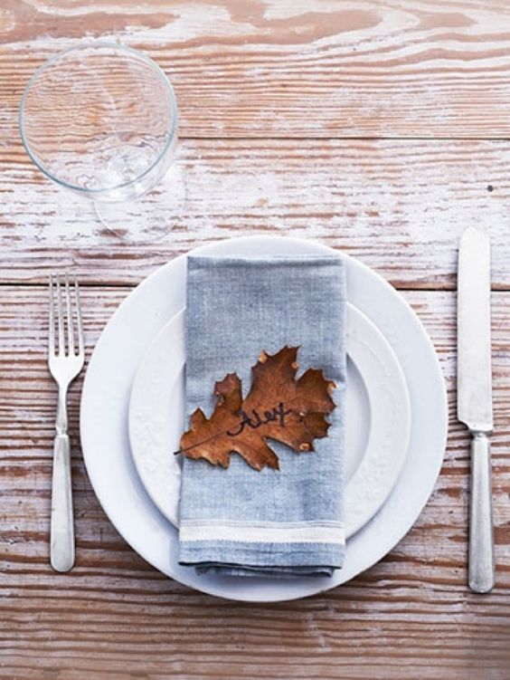 Fall foliage makes for simple place cards. | 30 Cute And Clever Ways To Decorate For Thanksgiving