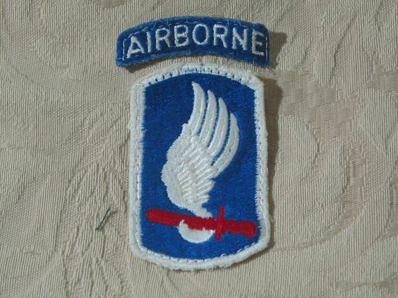 MILITARY SHOULDER PATCH 173rd Airborne Brigade Combat Team Vietnam War Used  Junk_603  http://ajunkeeshoppe.blogspot.com/