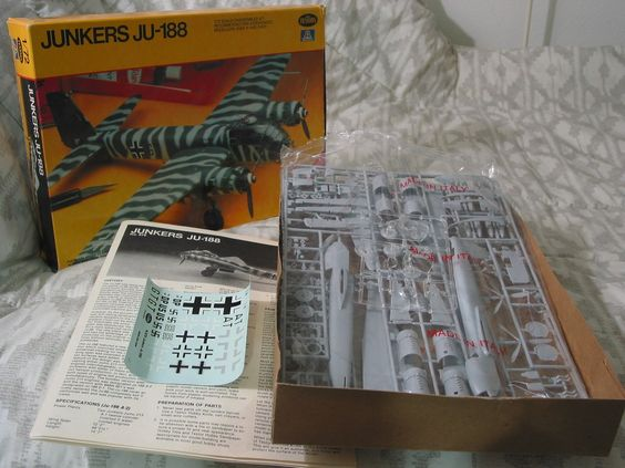 JUNKERS JU88 German Military Airplane 1981 Model Kit Testors 1/72 ... For Sale http://ajunkeeshoppe.blogspot.com/