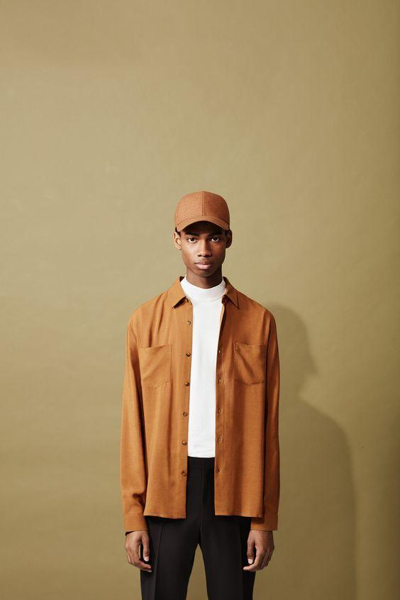 Quality is key in this latest collection from Topman Premium, consisting of smart and casual pieces constructed in first-class materials. These pieces don't follow any passing trend but instead rely on timeless features and great attention to detail that transcends seasonal looks, so you can rework them into new outfits for spring, summer, autumn and winter.