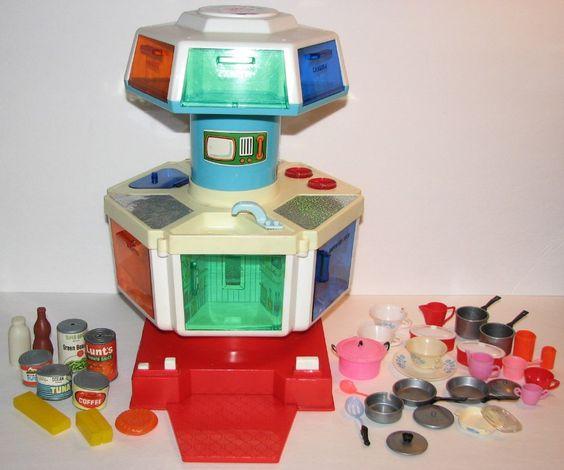 MATTEL / SEARS: 1970 Karosel Kitchen Doll Furniture