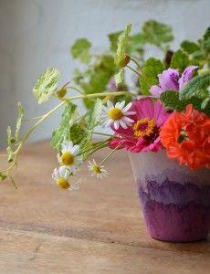 DIY dip dye cups. So pretty!