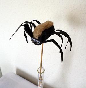 Spinne-aus-Korken-zum-Stecken