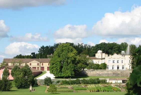 Château Lafite Rothschild 1 (© F. FATIN) : What chateaux to visit with free degustation, Pauillac appelation