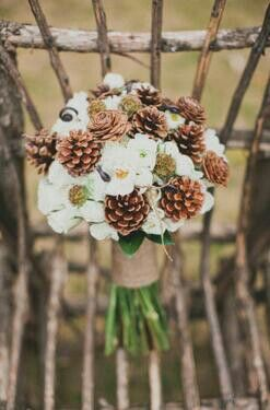 Winter wedding ideas, bride's bouquet pinecones #wedding #bacheloretteandbride