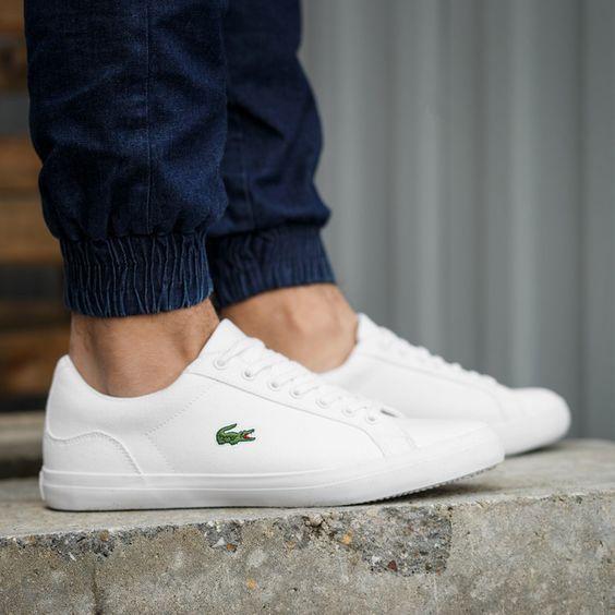 Pin Em Sneakers Brancos Classicos E Atemporais