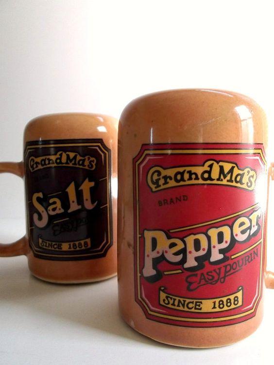 Vintage Salt and Pepper Shaker.