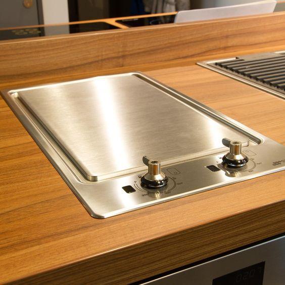 Smeg pgf30t teppanyaki hob renovation inspiration - Table de cuisson japonaise teppanyaki ...