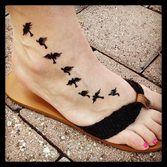 Family tattoo birds to represent each family member for Family of birds tattoo