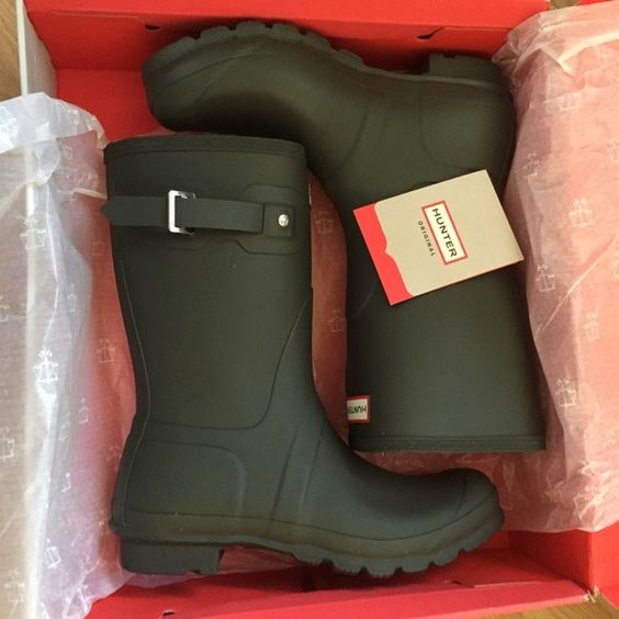 Brand new dark olive original short hunter boots! Original short women's hunter boots in a dark olive green. Size 10. I can ship in the box for an additional $10, otherwise shipped without the box. Hunter Boots Shoes Winter & Rain Boots