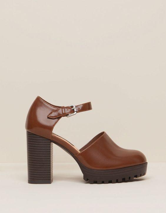 Chaussure A Talon Marron