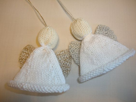 Knitting Pattern Angel Ornament : Christmas Angel and other free knitted Christmas ornaments ...