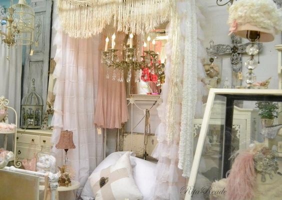 """PINK - """"Vignettes Antiques"""" 50 shades of pink Soiree, February 2013"""