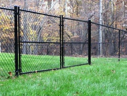 What To Do With A Chain Link Fence A Storied Style Black Chain Link Fence Chain Link Fence Gate Chain Link Fence