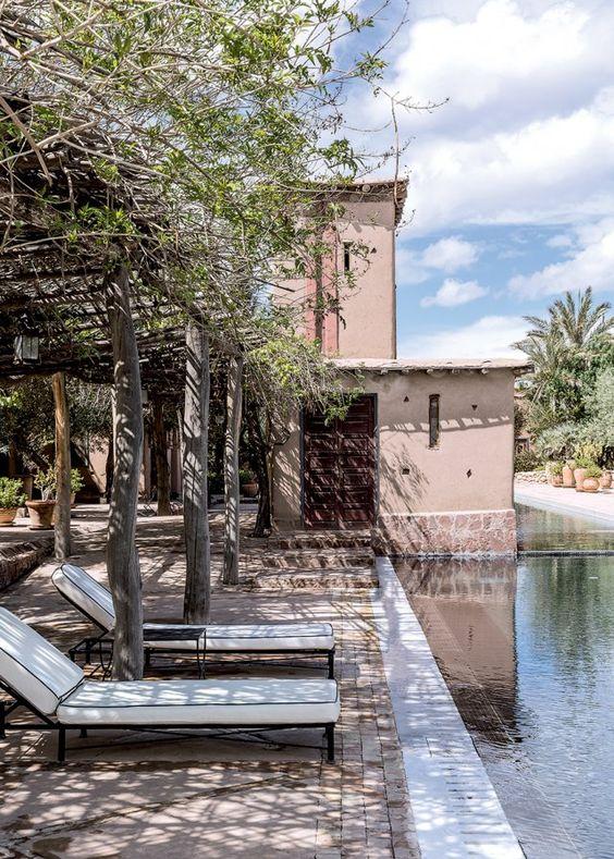 Une maison marocaine, typique et moderne Pièces de monnaie, Fils