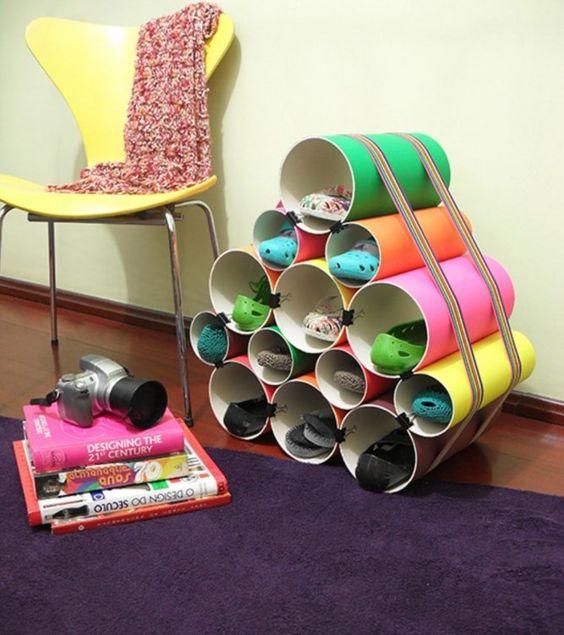 Veja como fazer uma sapateira incrível com panos de PVC! O passo a passo é bem simples!
