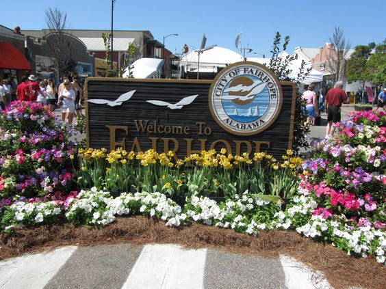 fairhope single girls Mobile is the largest city in the mobile-daphne−fairhope csa, with a  though most of the pélican girls  climate data for mobile, alabama (mobile regional.