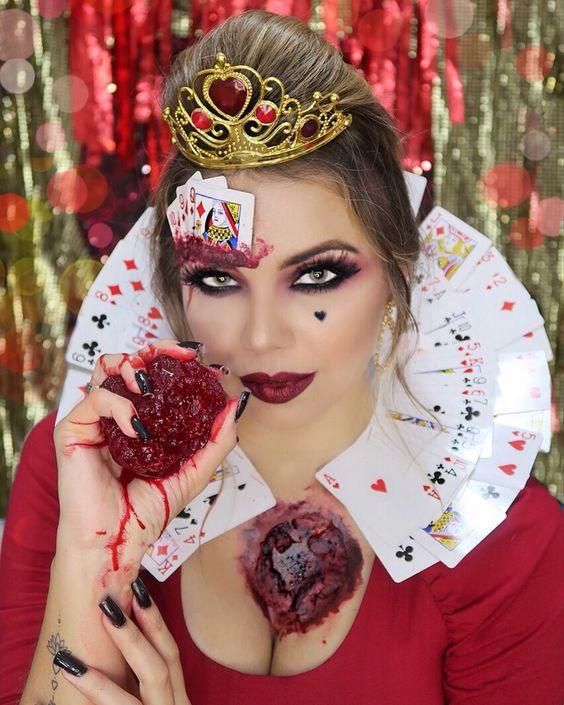 Top 10 Sugar Skulls Face Paint: Halloween Makeup Tips 3