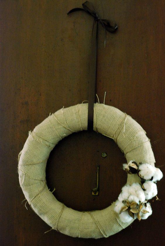 Cotton Boll Wreath...think I am loving this cotton thing!