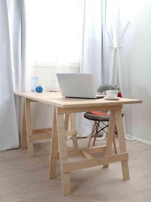 DIY meuble : bureau moderne en bois