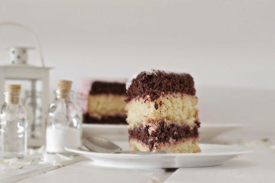 Dona Biscoito: Neapolitan cake e... amo a Primavera