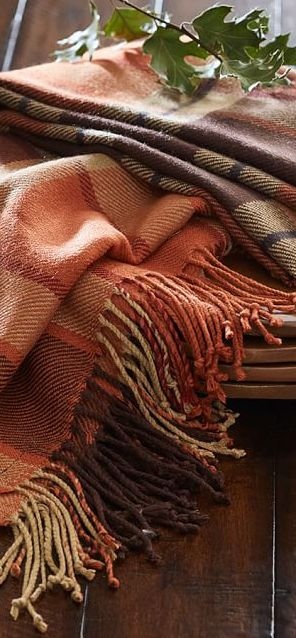 Fall Decor | Plaid tablecloth in warm tones