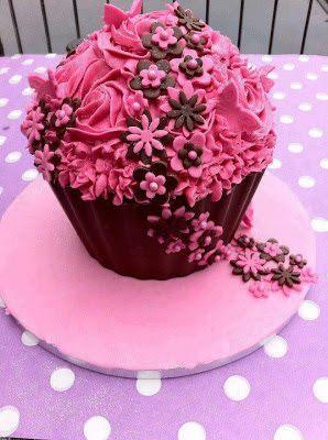 Tarta pastel gigante #cumpleanos #feliz_cumpleanos #felicidades #happy_birthday #tarta_cumpleanos #pastel_cumpleanos #birthday_cake